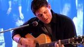 Jensen sings