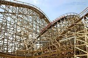 wooden coaster vs steel coaster