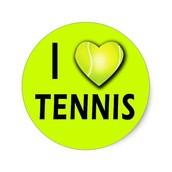 לשחק טניס