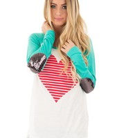 MINT HEART PRINT BASEBALL TEE WITH ELBOW DETAIL