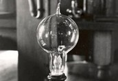 Edison creates a new kind of light