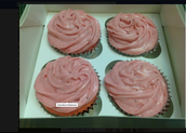 Dedicant  stawberry cupcake
