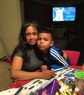Mami y Jonathan