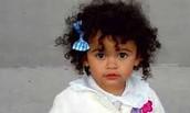 Monae (cousin)