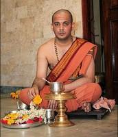 Hindu Brahmin eating traditional food