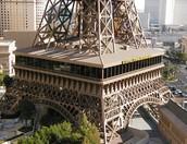 Tour Eiffel Restaurant (A l'exterieur)