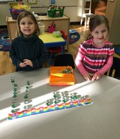 "Counting with ""magic bubbles"" on the number line"