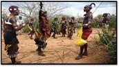 טקס -ריקוד בנות מול הגברים