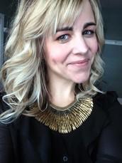 Your Stylist: Kim Powers Hoyt, Associate Director, Stella & Dot