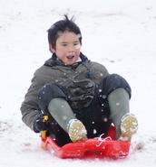 Winter Break: Should Kids Keep Their Brains Active?