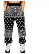Los Pantalones: Negro y blanco