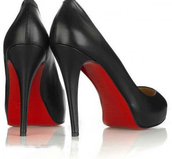 Red bottoms for mommy