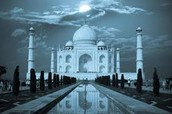 See how the night catches the Taj Mahal and never lets go,makes it look astonishing