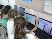 תלמידי א' בפעילות מחשב ולמידה דיפרנציאלית