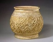 People made bronze jars to give to their gods