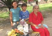 """Pictures: Families from our """"Familias en Crisis"""" program"""