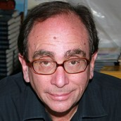 What got RL Stine interested in writing.