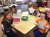Srta. Cook's class received letters from their penpals in Colombia!