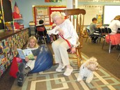 Miss Daisy listens to a story!