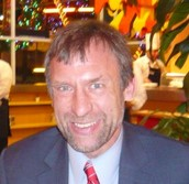 Dr. Helmut Doll