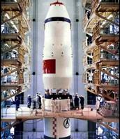 Preparació pel llançament del satèl·lit