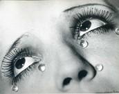 (Les Larmes (Glass tears),1932)