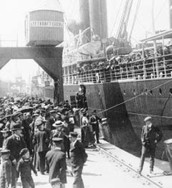 A boat going to America holding Swedish immigrants