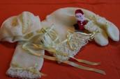 Conjunto amarillo precioso con bodoques combinado lana e hilo