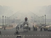 What can be done to reduce New Delhi's air pollution?