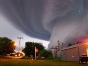 average tornado