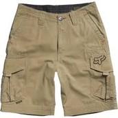 Pantalones cortos de los nenos