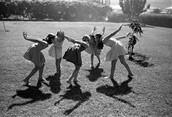 ילדים משחקים בתקופת קום המדינה