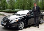 Advantages of a Chauffeur Program Versus Taxi