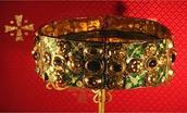 Roman boys and jewelry