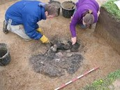 Archaeologists as detectives