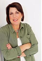 Suzy Schultz, Independent Designer/Senior Team Leader