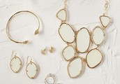 Complete your look with your favorite Stella & Dot statement pieces!