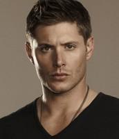 Harry(Jensen Ackles)