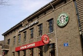 Costa agus Starbucks Café
