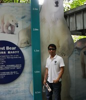 polar bears can grow about 3.0m
