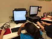 Students Collaborating Using Padlet