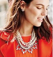N5 The Starlet Pearl Necklace
