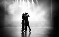 Watch a tango show