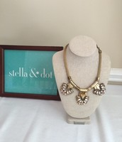 Helena necklace