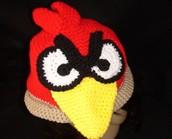 Un Chapeau rouge, noir, et blanc