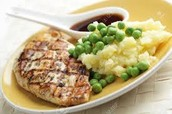Grilled chicken, peas, and mashed potatoes