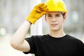 Adam Conner 18, Builder
