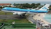 KLM landing in St. Maarten