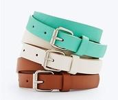 Cinturones de Color y Cuero $22 Veinti-dos dollares