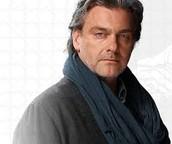 Ray Stevenson - Marcus Eaton